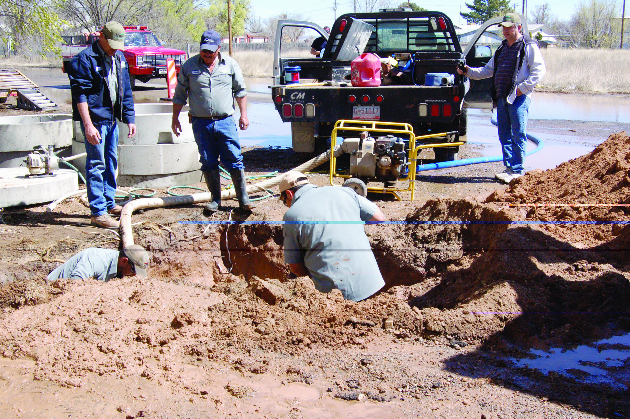 Moriarty water system shut down by line break
