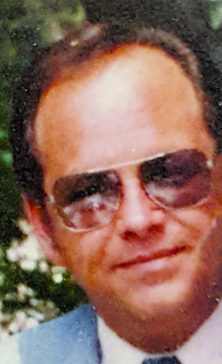 obit richardsavellipiccropped