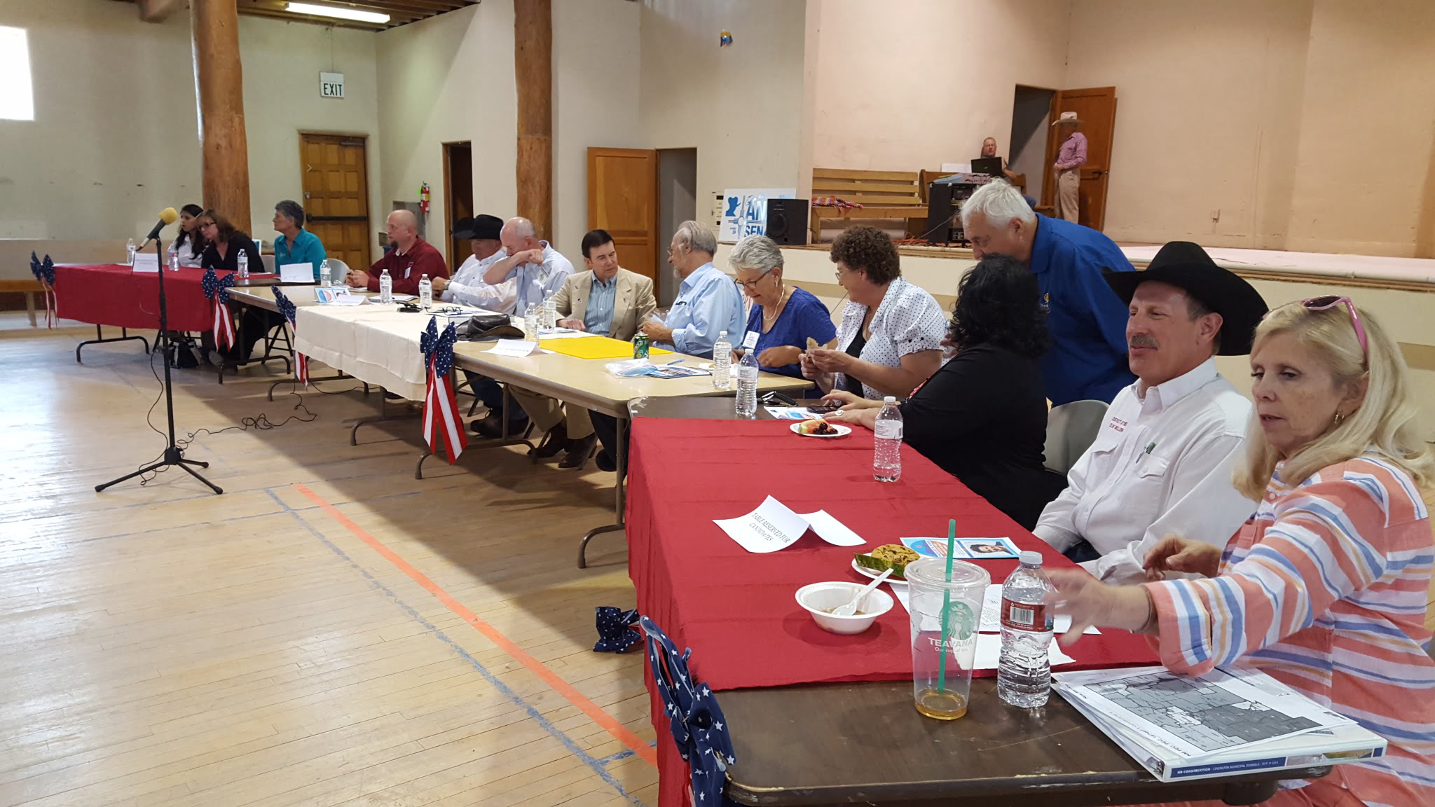 Forum in Mountainair brings out many candidates
