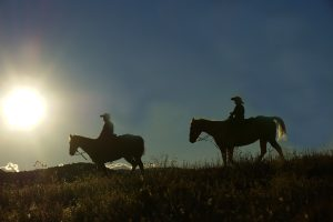 cowgirl-sass-sunset-cowboys