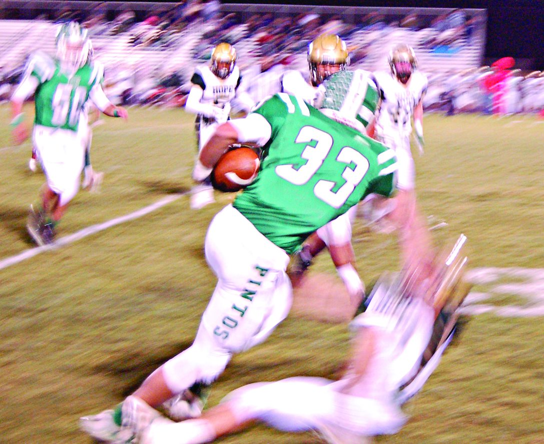 Pintos 'quit worrying,' come up with big plays to hold off Huskies
