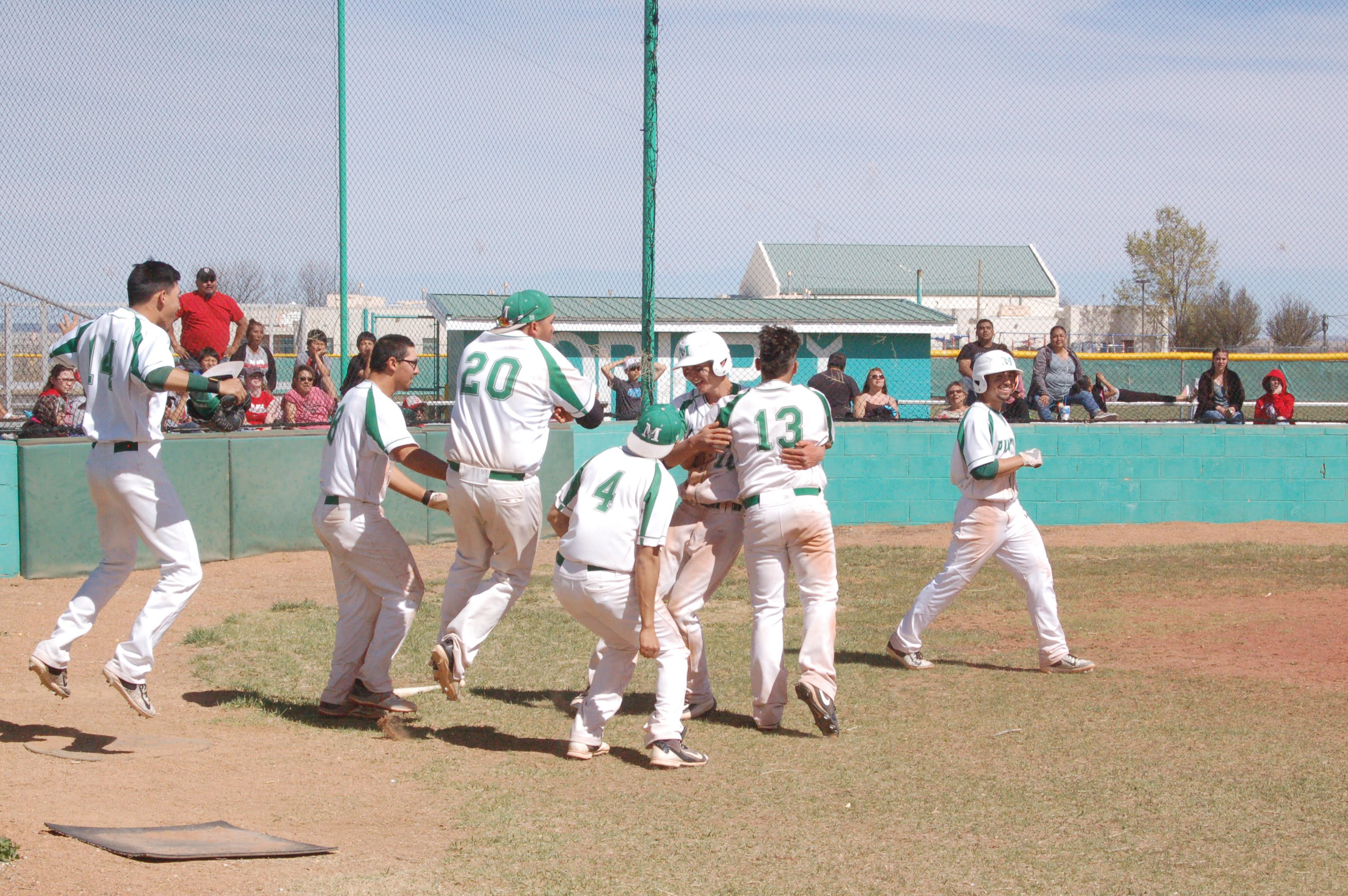 Pintos' walk-off hit completes doubleheader sweep over Bernalillo
