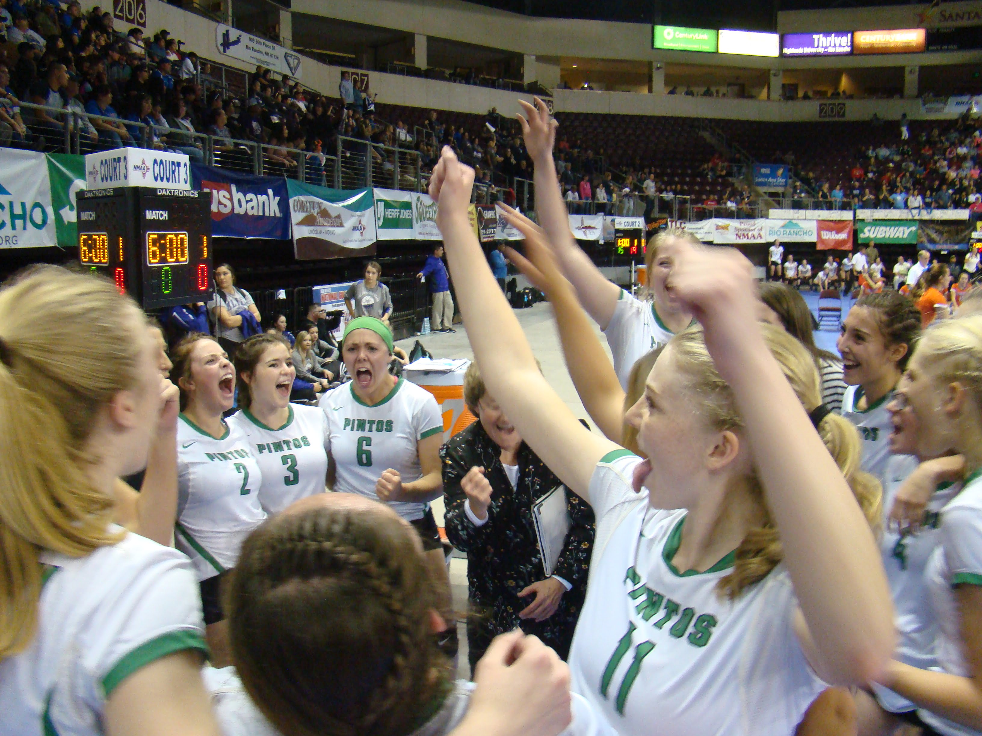 Lady Pintos grab a victory in quarterfinals before falling in semis
