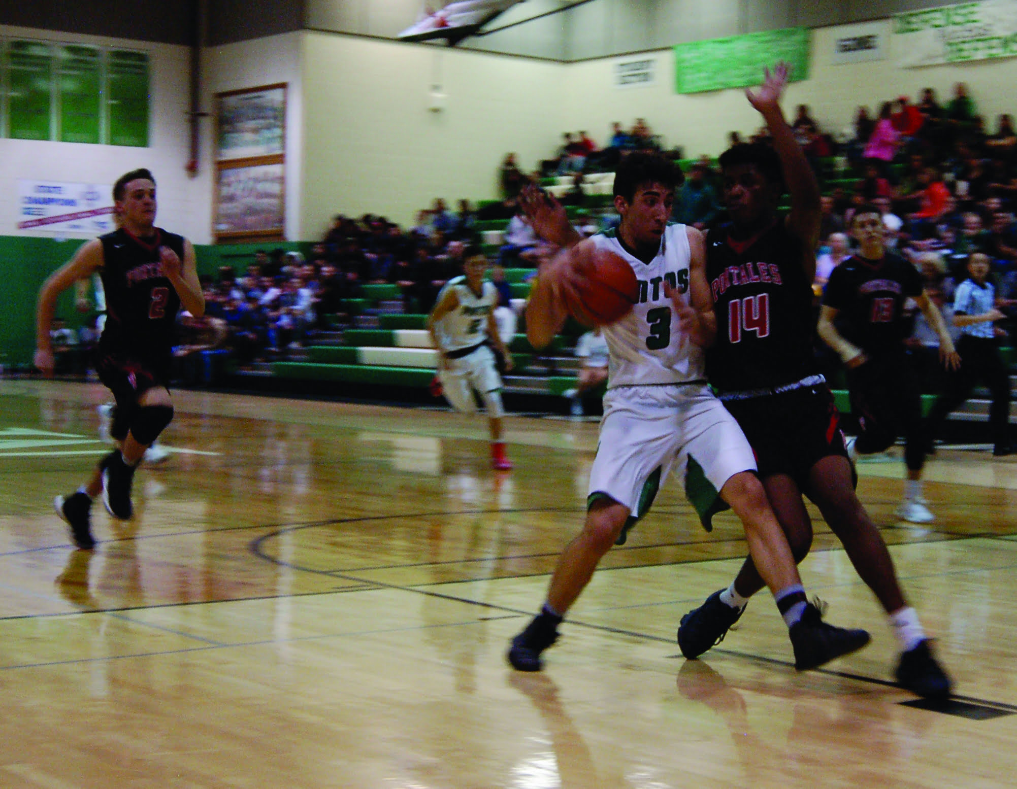 Moriarty boys basketball rallies to edge Portales, 51-50