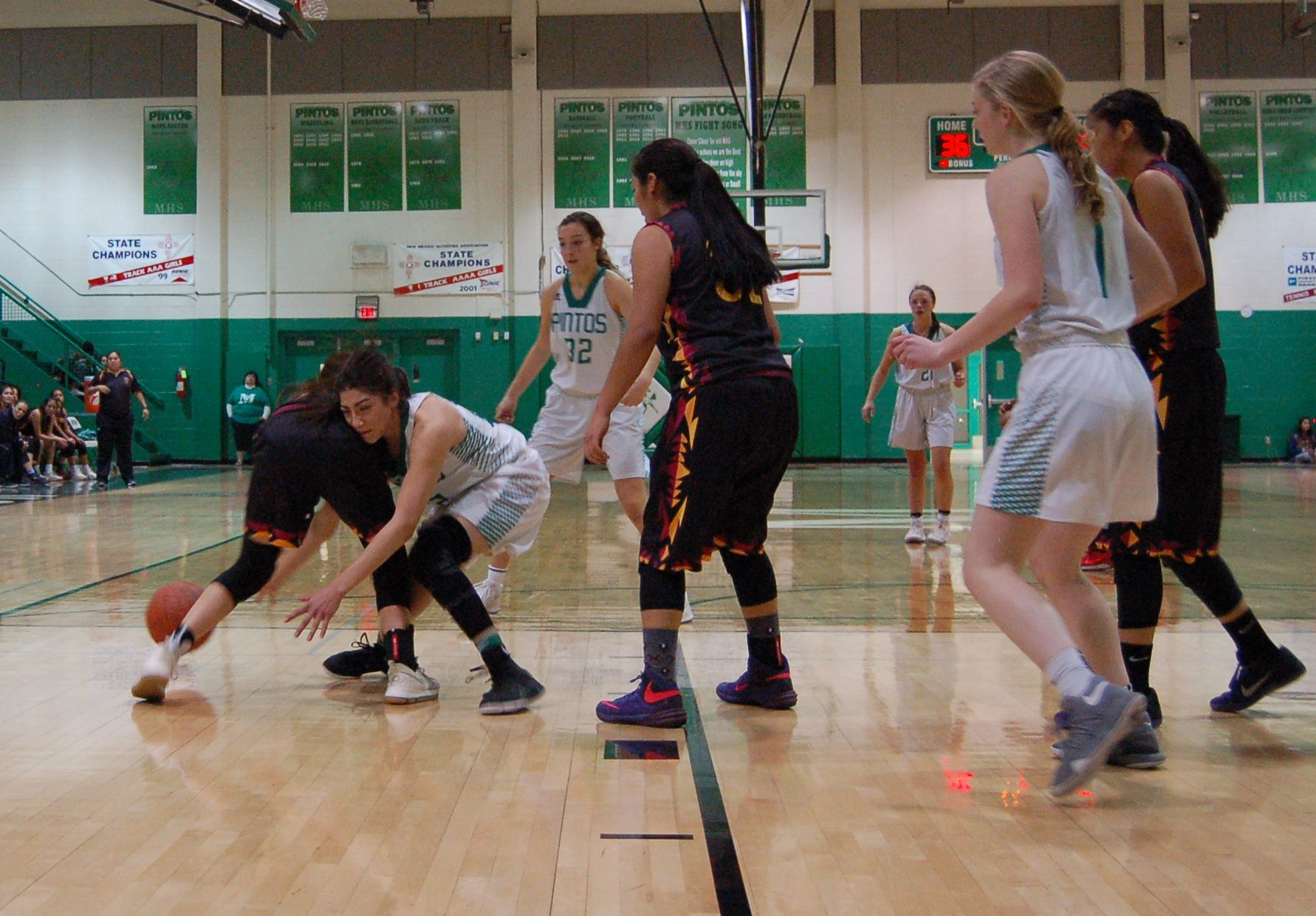 Moriarty girls drop second straight after loss to Santa Fe Indian School