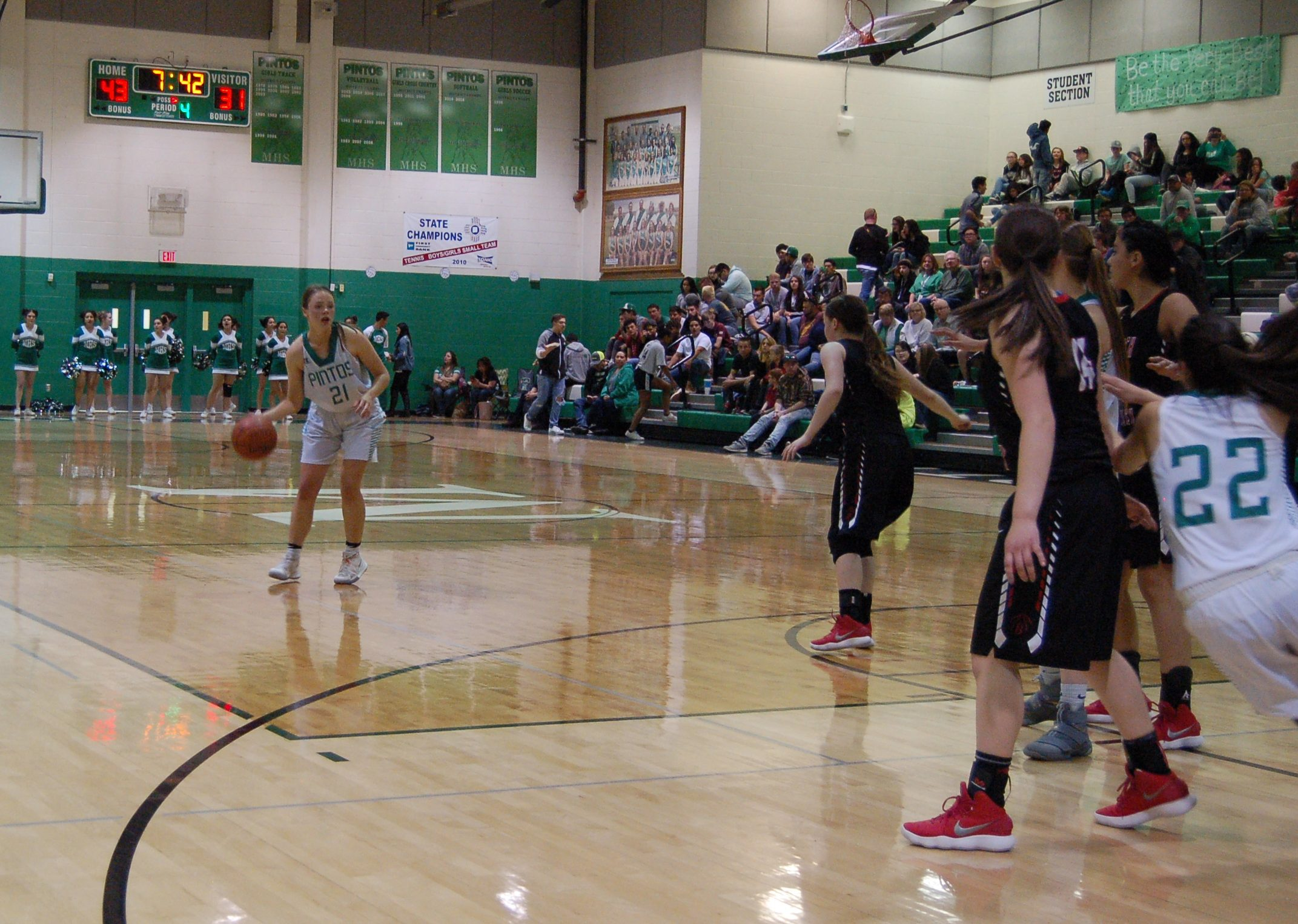Moriarty girls upend SFIS in state quarterfinals