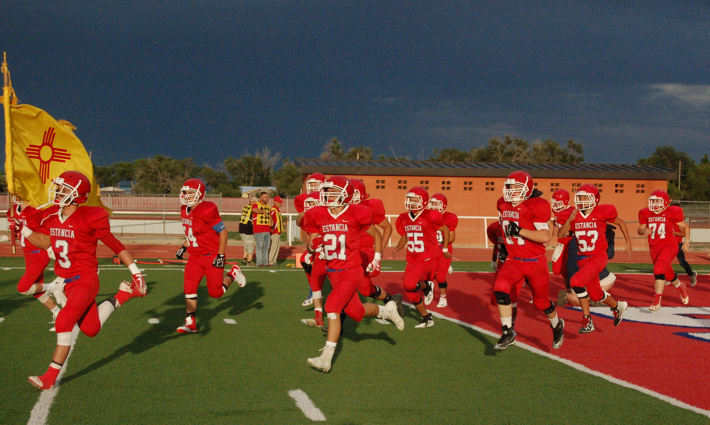 Estancia Bears fall to Hatch Valley Bears in season opener