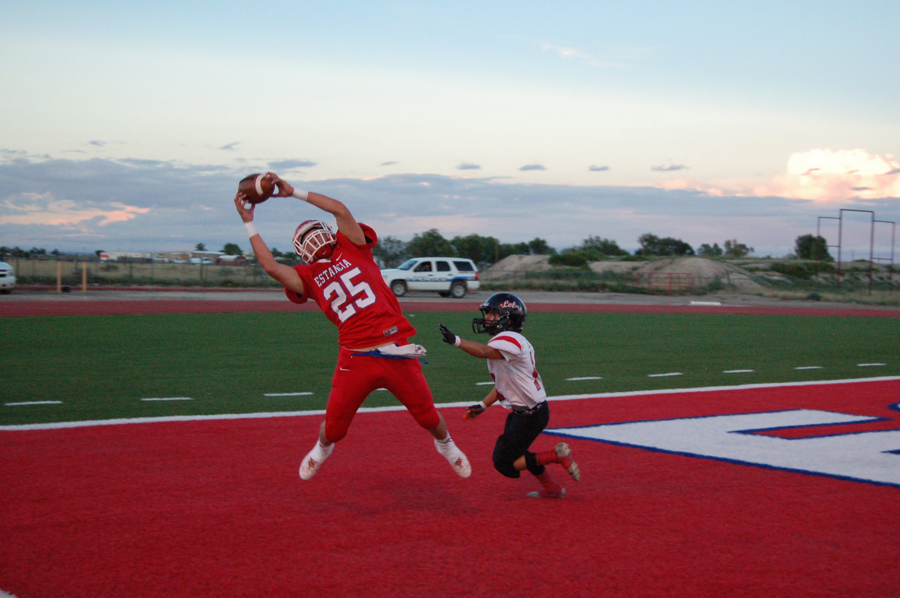 Estancia Bears rout Escalante for first win of season