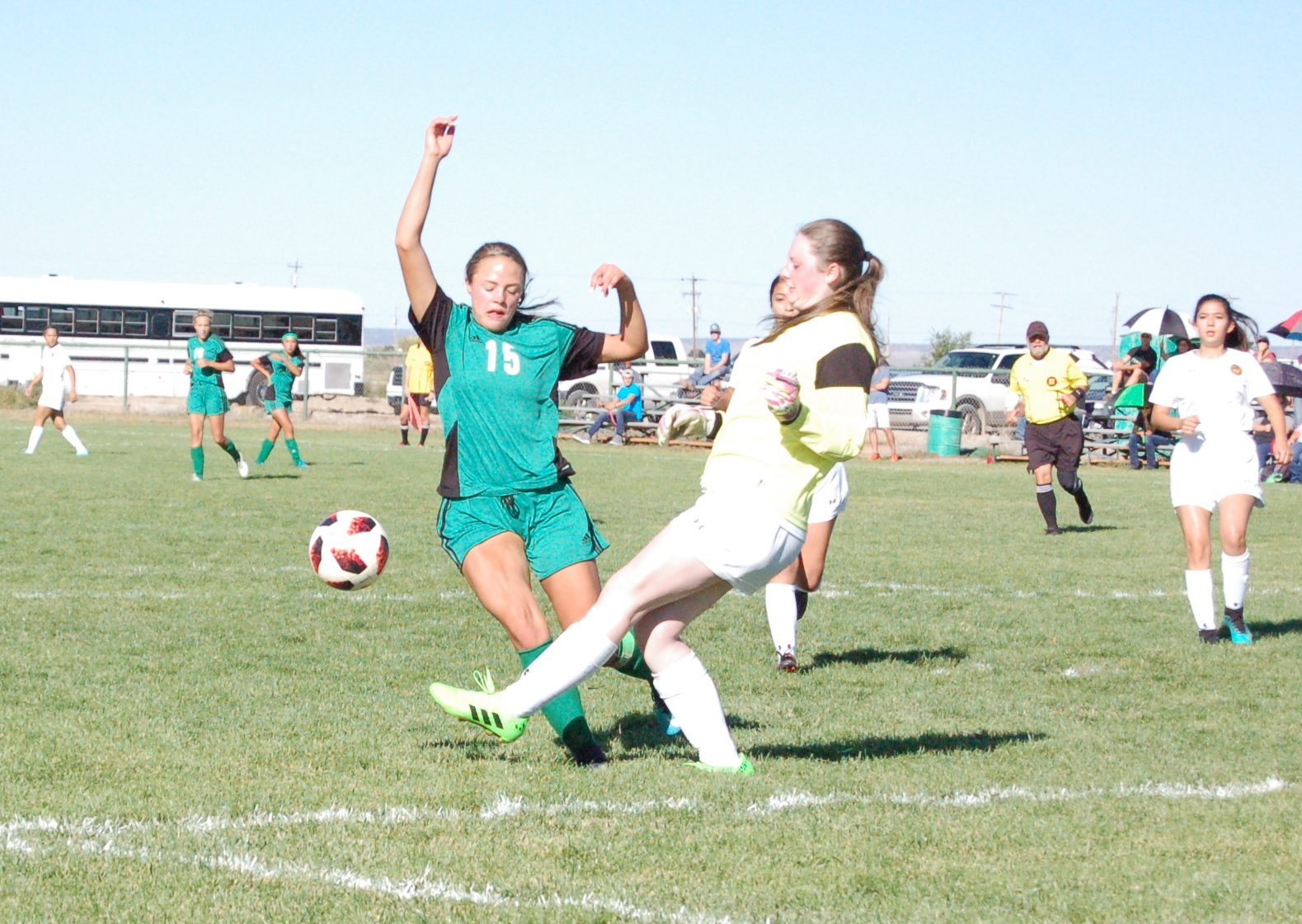 Moriarty Lady Pintos win one, drop two heading into district games