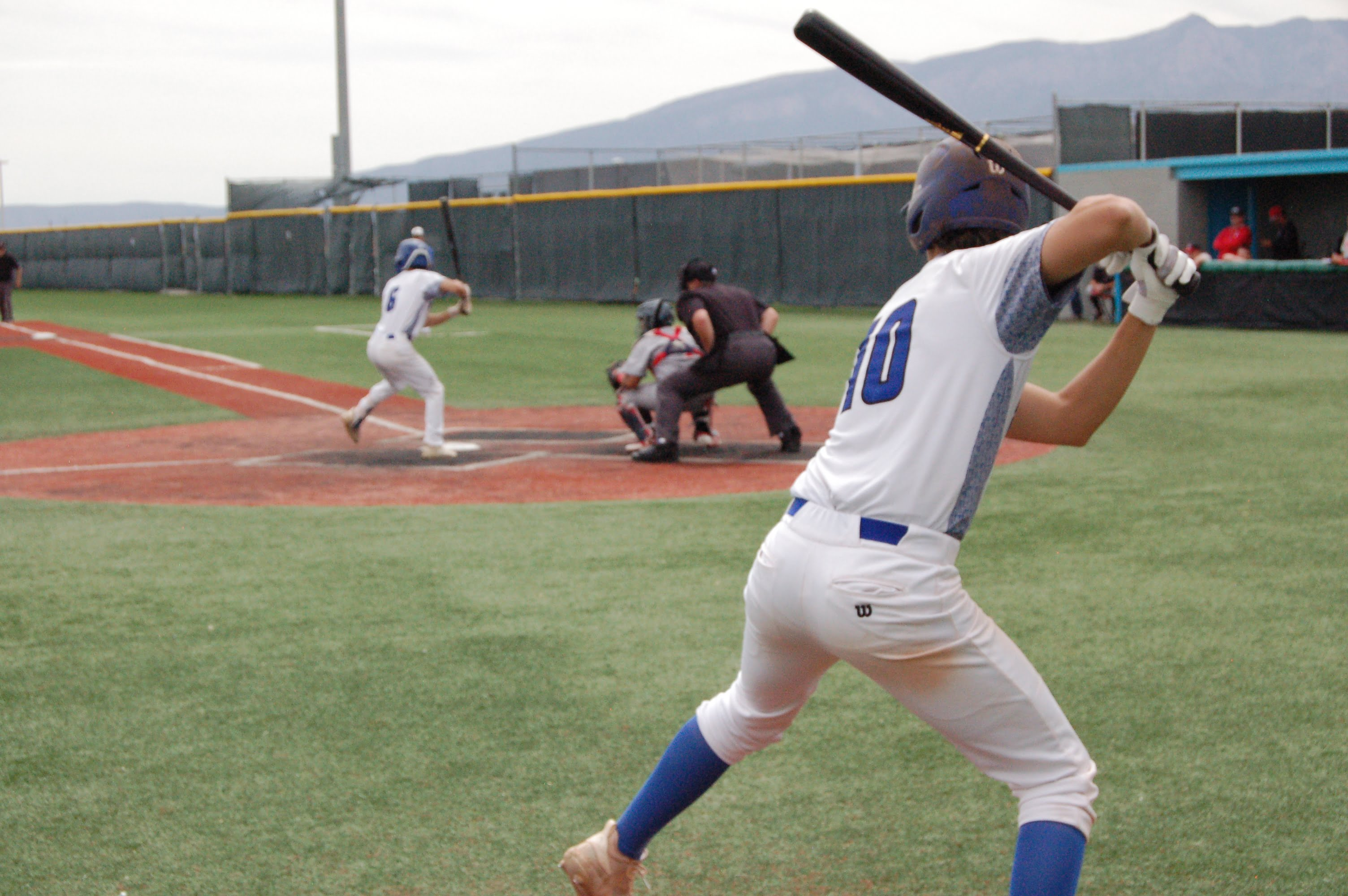 East Mountain Timberwolves eliminated from state tourney by NMMI