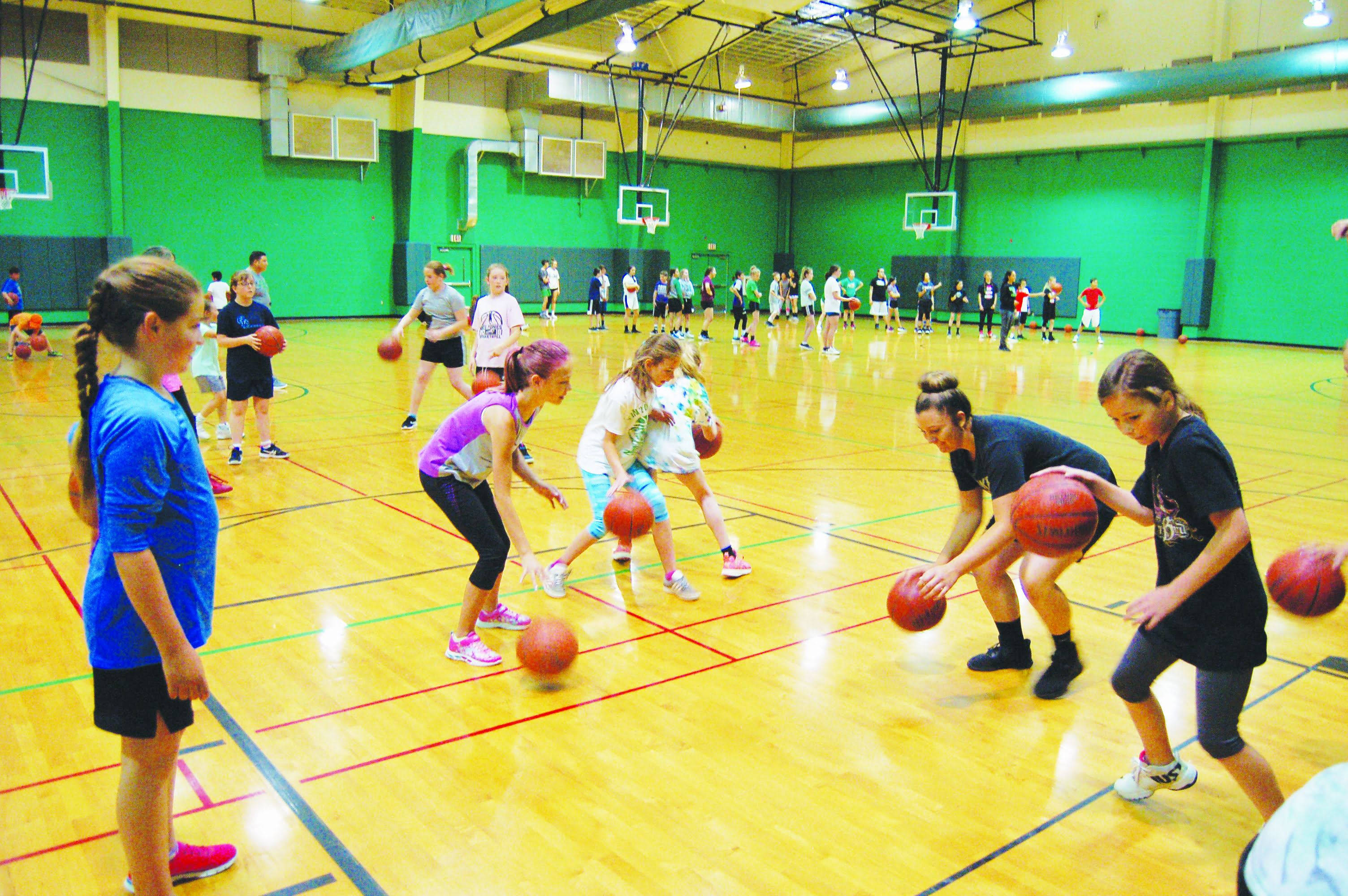 Little Pintos Basketball Camp:  'A great opportunity' for campers and high school players