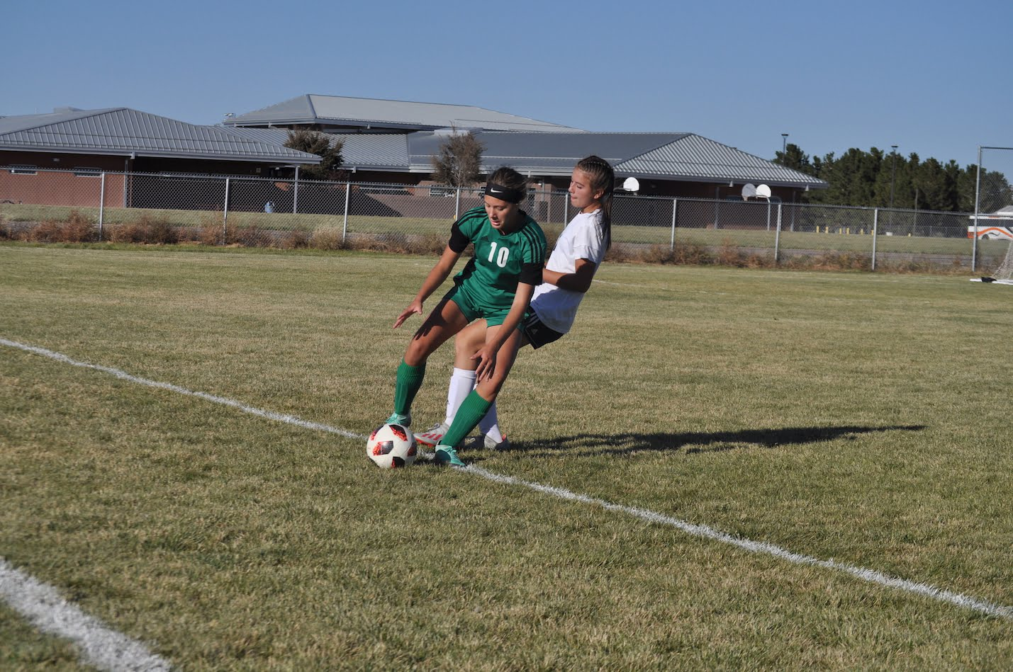 Moriarty girls soccer keeps fighting before falling to Taos
