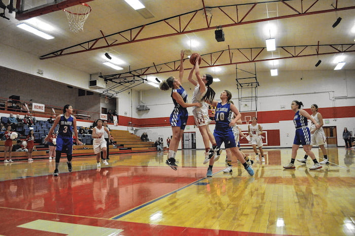 Estancia's Lady Bears topple East Mountain Lady T'Wolves