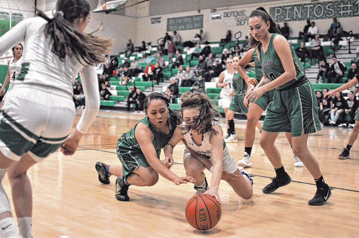 Third-quarter nosedive dooms Moriarty girls in loss to Pojoaque