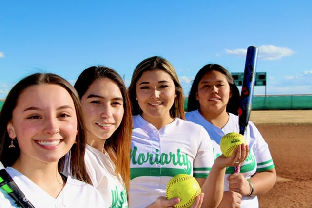 Moriarty softball season scrapped but seniors' upbeat spirit prevails