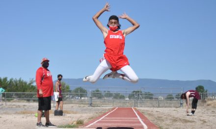 Bears endure blazing heat at district track meet in tune-up for state